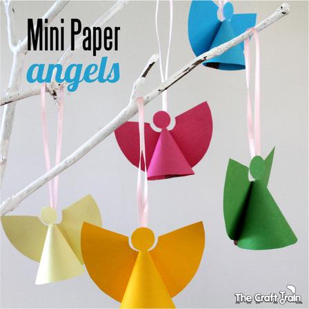 10 mini papieren engeltjes
